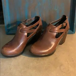 Dansko wedge